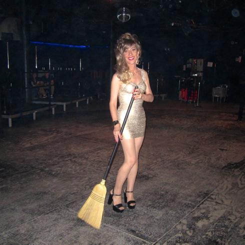 broom b